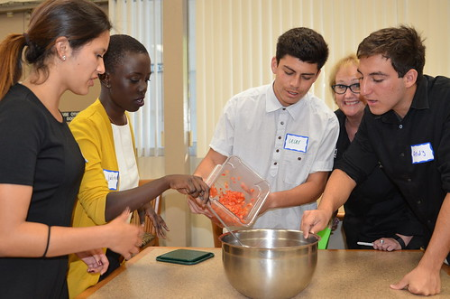 SEEDS scholars at Mesa College in San Diego participating in an Iron Chef-inspired team building exercise