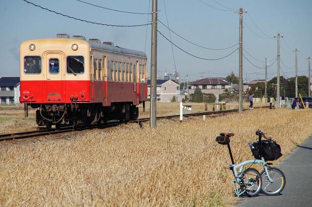 BROMPTONと小湊鉄道キハ200形気動車
