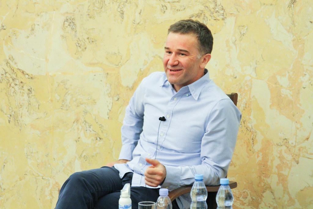 От ритейла до фармы: бизнес по «методу Жеребцова» обсудили в ВШМ СПбГУ