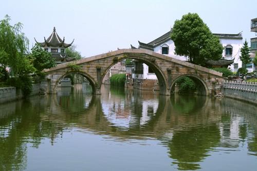 当湖第一桥