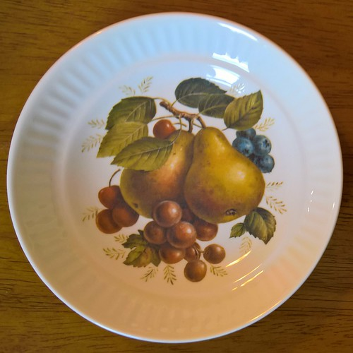CL Fruit Design & Gold edge on  Apollo is Cake Plate/Server Peaches, Pears, Strawberries d997 30936280064_3864c26e37