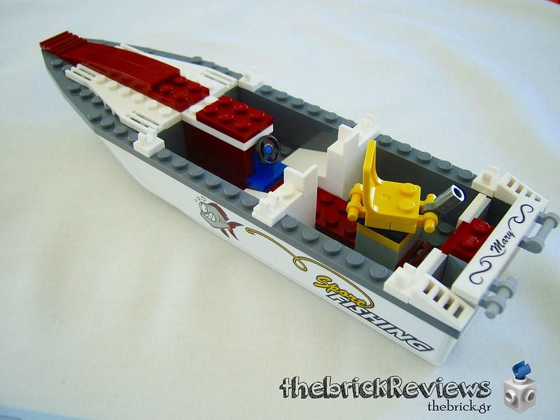 ThebrickReview: 60147 Fishing Boat 33106333842_e488584ecd_c