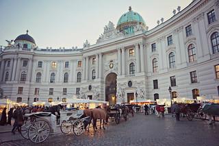 http://hojeconhecemos.blogspot.com.es/2015/12/hofburg-viena-austria.html