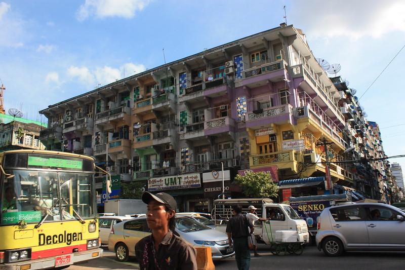 Янгон, трафик