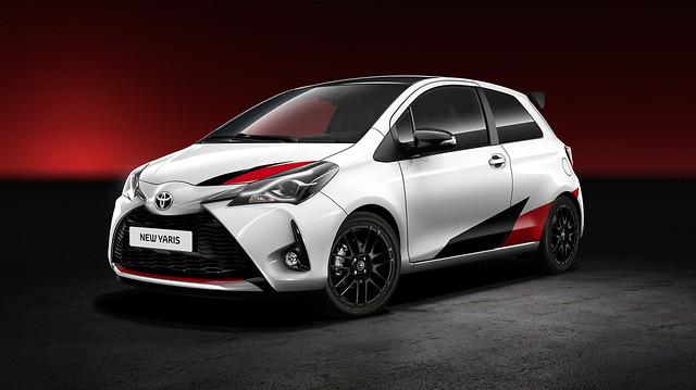 Toyota Yaris Esportivo 1