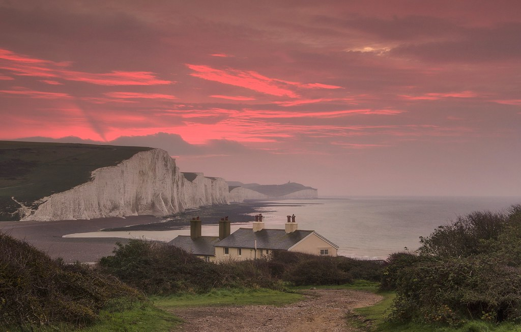 Seven Sisters Dawn The Iconic View From Seaford Looking