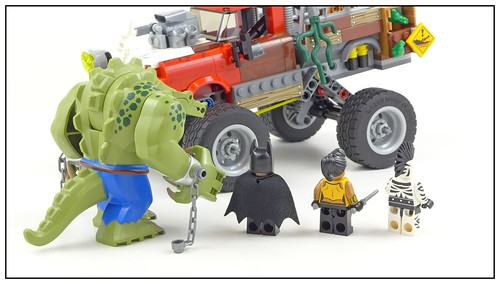 The LEGO Batman Movie 70907 Killer Croc Tail-Gator figures02
