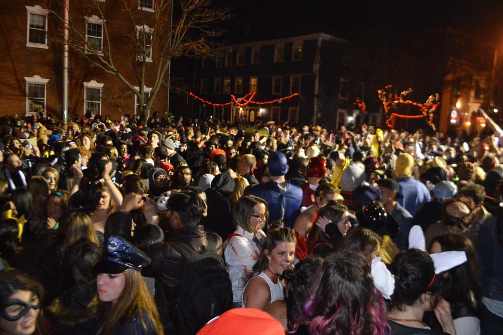 Crowd dancing at the Halloween Haunted Happenings DJ dance… | Flickr