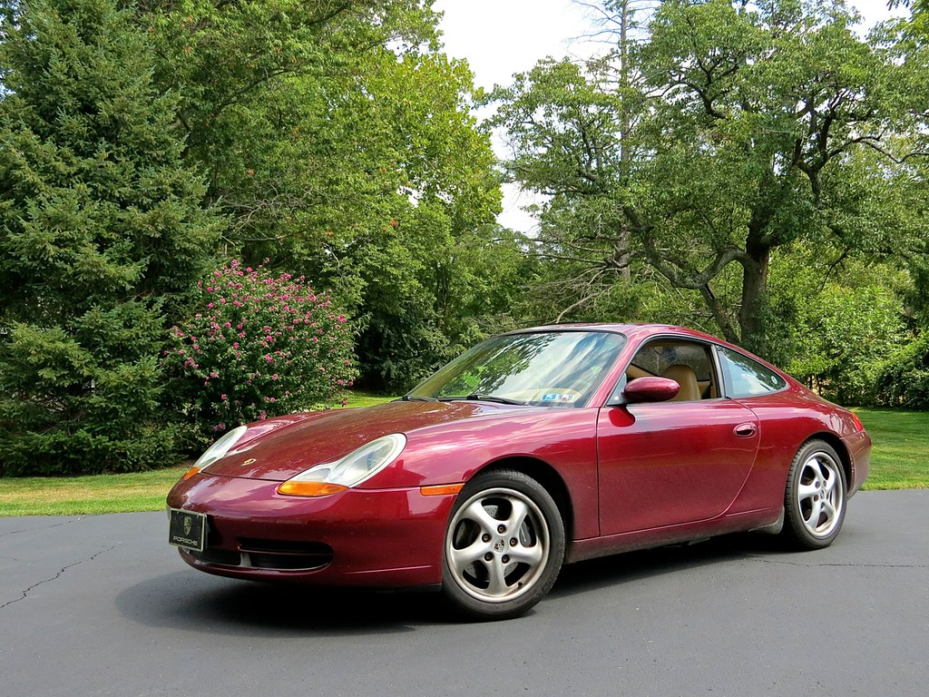 Porsche 996 Carrera Arena Red 1