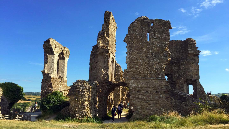 """Corfe Castle - La Bruja Novata - Inglaterra castillo de corfe - 32022200134 582f298525 o - Escenarios de """"La Bruja Novata"""" – Castillo de Corfe"""