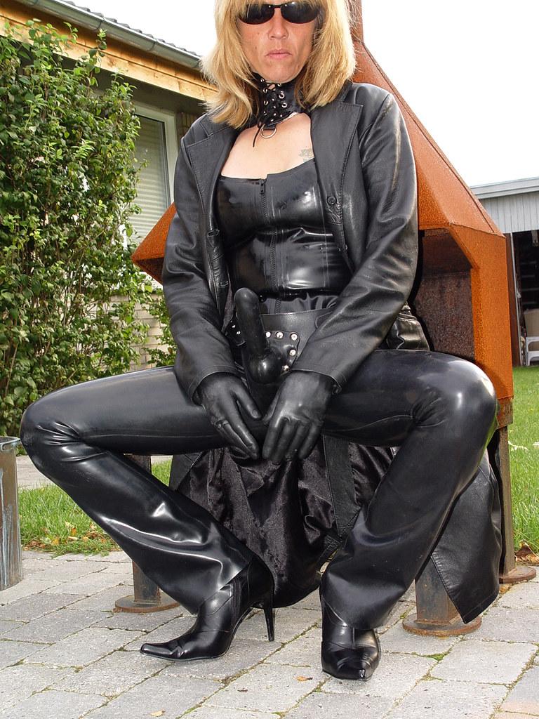 Leder Mistress