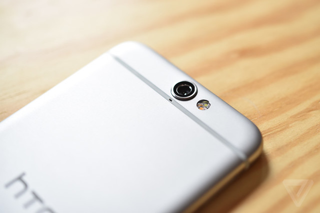 HTC One A9 pin 2150mAh có hơi thấp so với các dòng đt hiện tại