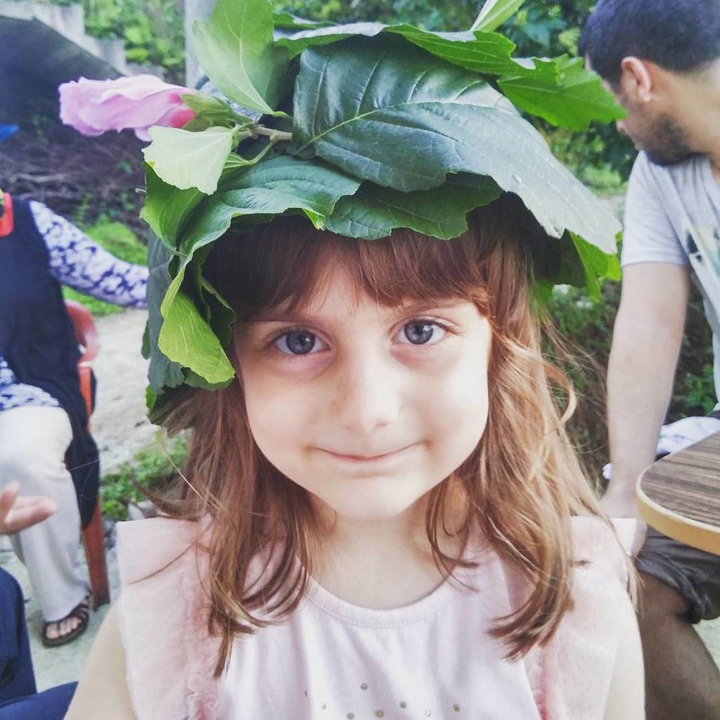 Yapraktan şapka yapmak :) #maşallah #<b>laz #rize</b> #karadeniz #kid #daughter <b>...</b> - 20620818981_8c7e88311e_b