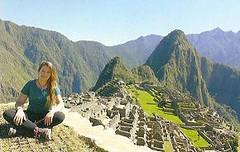 Noemí, amb el Machu Picchu al darrera.