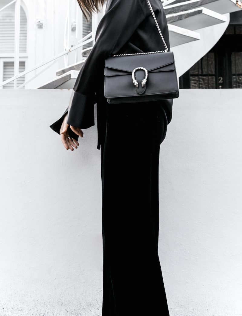 minimal all black outfit street style blogger modern legacy pyjama dressing Gucci dionysus leather bag (2 of 8)