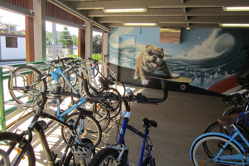 Gold Coast Light Rail: Broadbeach South bike parking