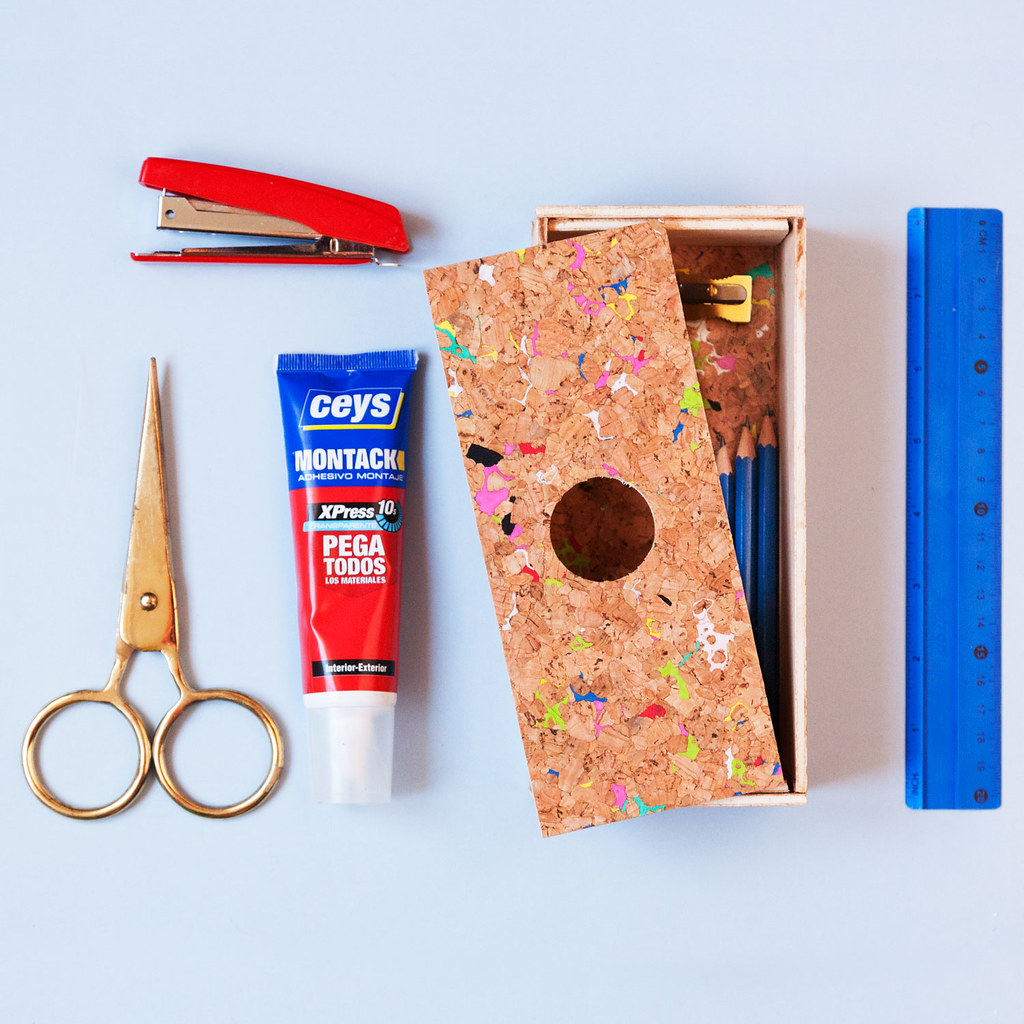 DIY Estuche de madera y corcho · DIY Wood and cork pencilcase · Fábrica de Imaginación · Tutorial in Spanish