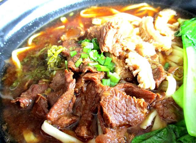 Chopsticks beef noodles special 4