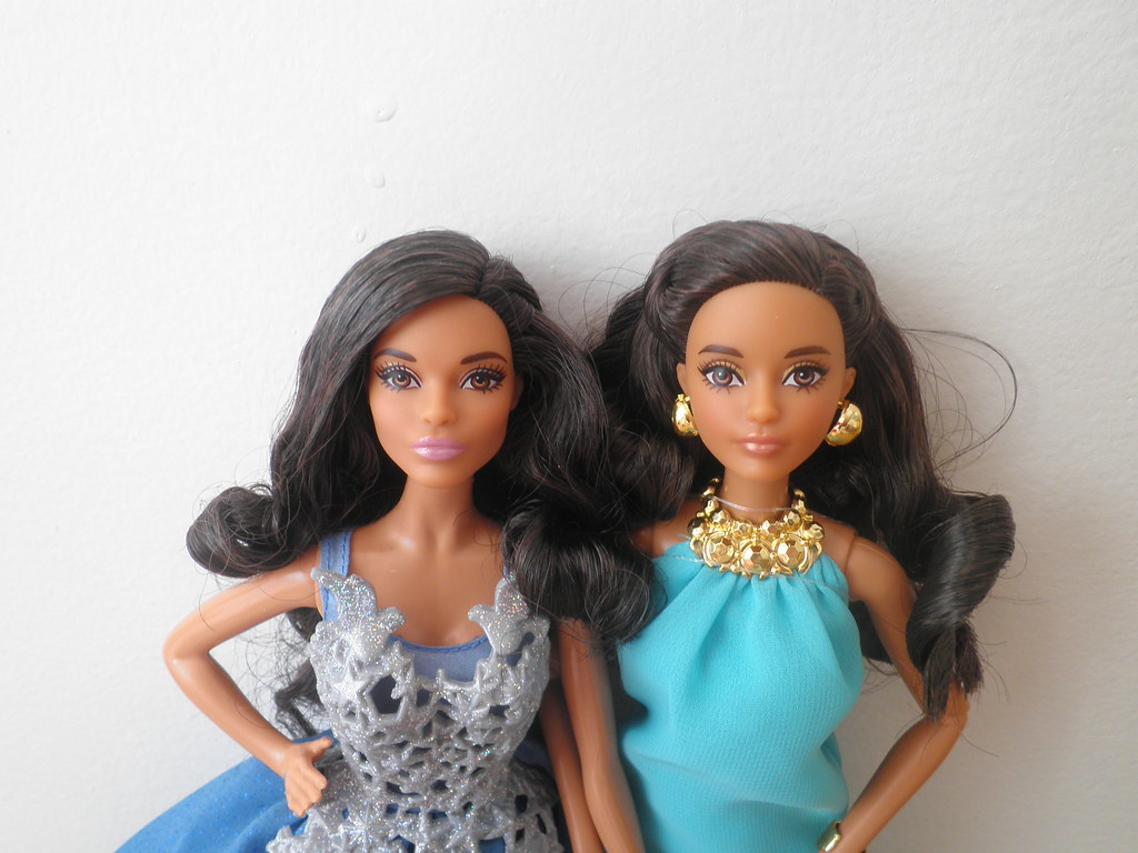 Barbie Holiday 2016 Aa And Barbie The Look Pool Chic 2017
