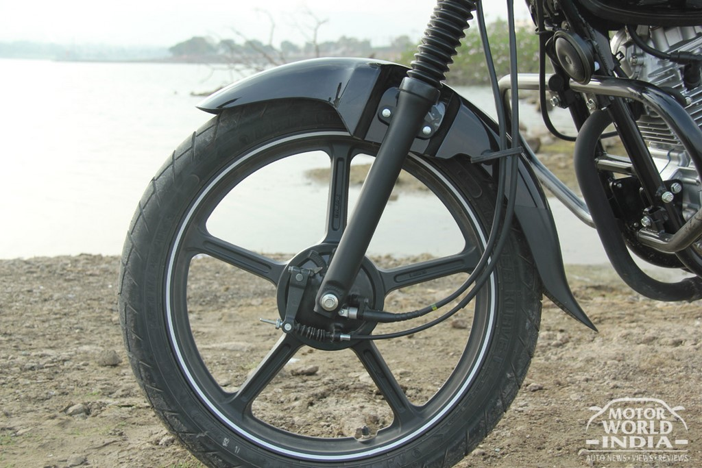 Bajaj-V12-Alloy-Wheel