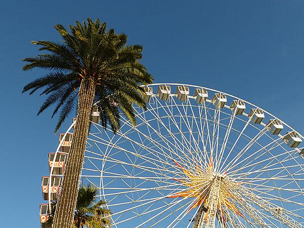 la grand roue au soleil