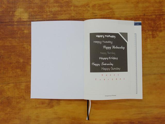 Happy Everyday! @W2Design 好聰明2017拉頁時效週記手帳