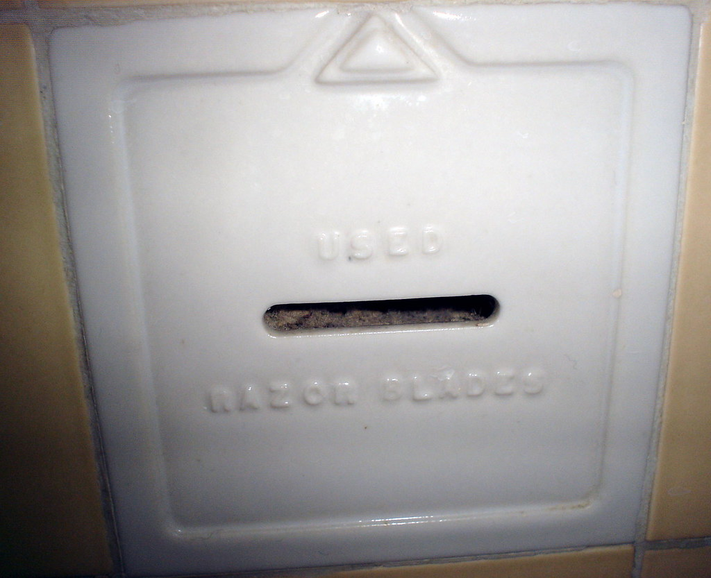 Used Razor Blades These Receptacles Are In Both Our Full