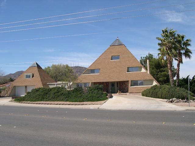Pyramid House Flickr Photo Sharing