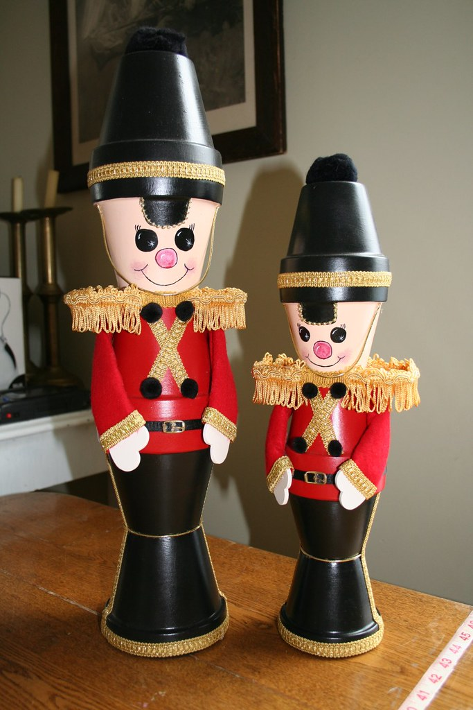 crafts clay pots christmas toy soldier 2005 06 by cindys world - Christmas Toy Soldiers