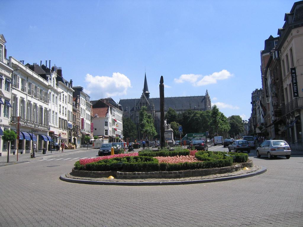 Bruxelles place du grand sablon lucalu flickr for Le comptoir du meuble bruxelles