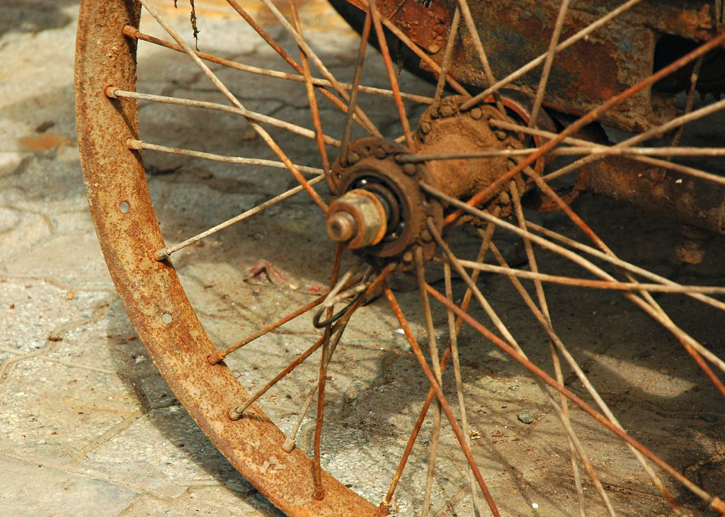 Rusty Bike Wheel I Don T Think This Bike Can Be Used