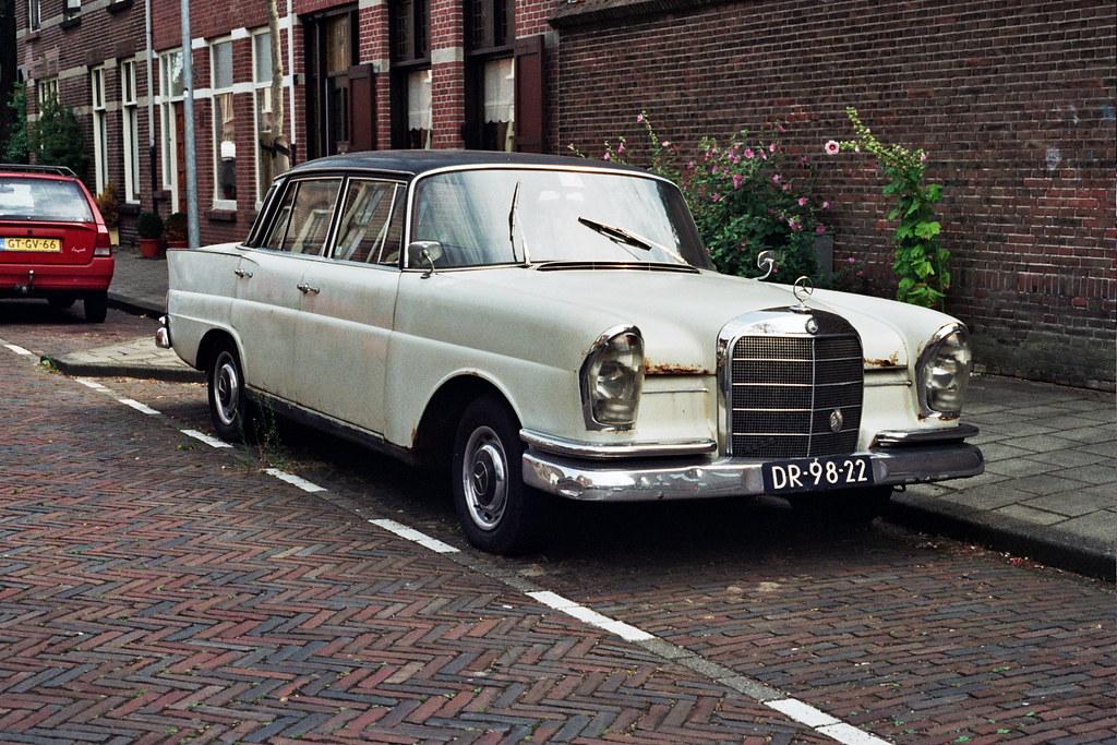 1961 mercedes benz 220 s 6 cylinder petrol engine 110 for Mercedes benz 220s for sale