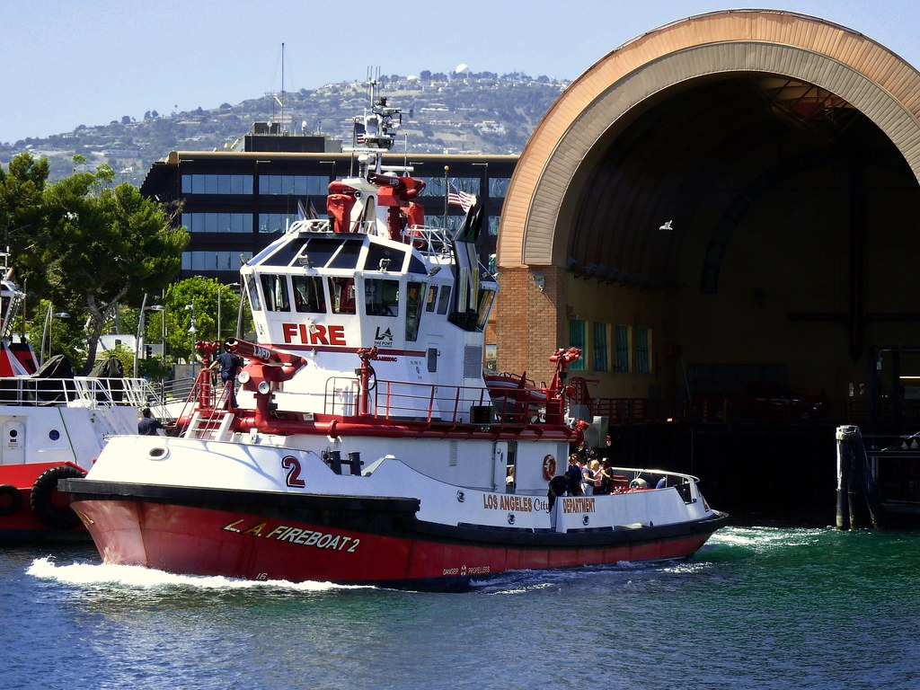 Fire Boat 2 Port Of Los Angeles It S Said To Be The Mos