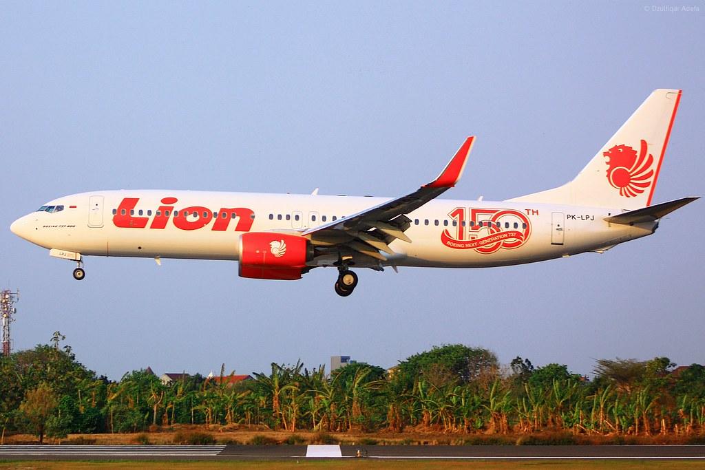 Lion Air Code AITA JT code OACI LNI est une compagnie aérienne indonésienne à bas coût fondée en 1999 et basée à laéroport de Jakarta SoekarnoHatta