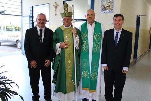 Fundadores da Comunidade Querigma juntamente com Dom Paulo e Padre João Roberto