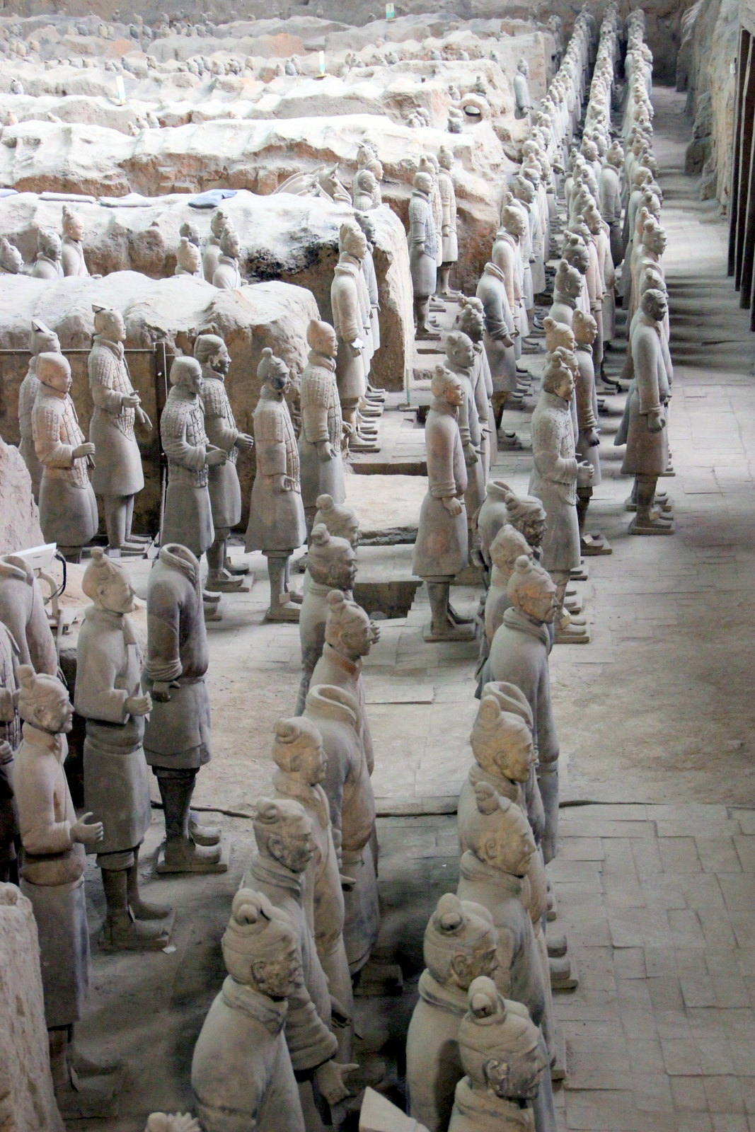 Army of Terracotta Warriors & Horses