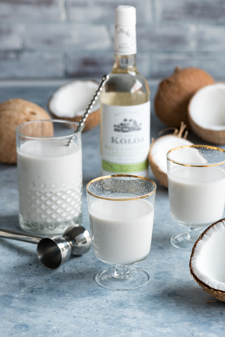 Coconut Rum Milk Punch www.pineappleandcoconut.com #Drinkmas