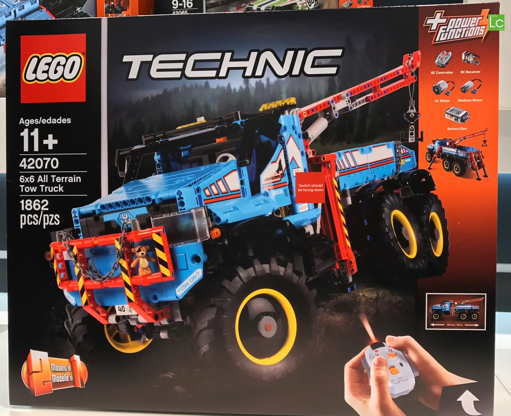 42070 1 6x6 all terrain tow truck lego technic sets. Black Bedroom Furniture Sets. Home Design Ideas