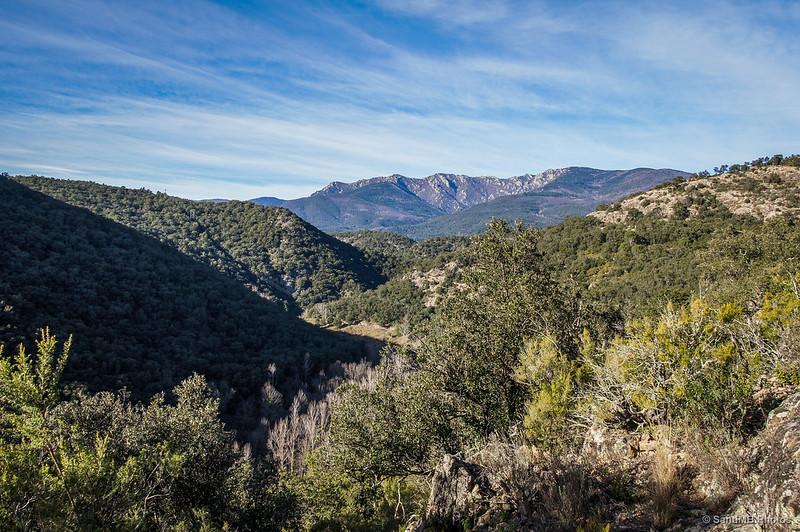 El valle del Arnera y la Serra de les Salines