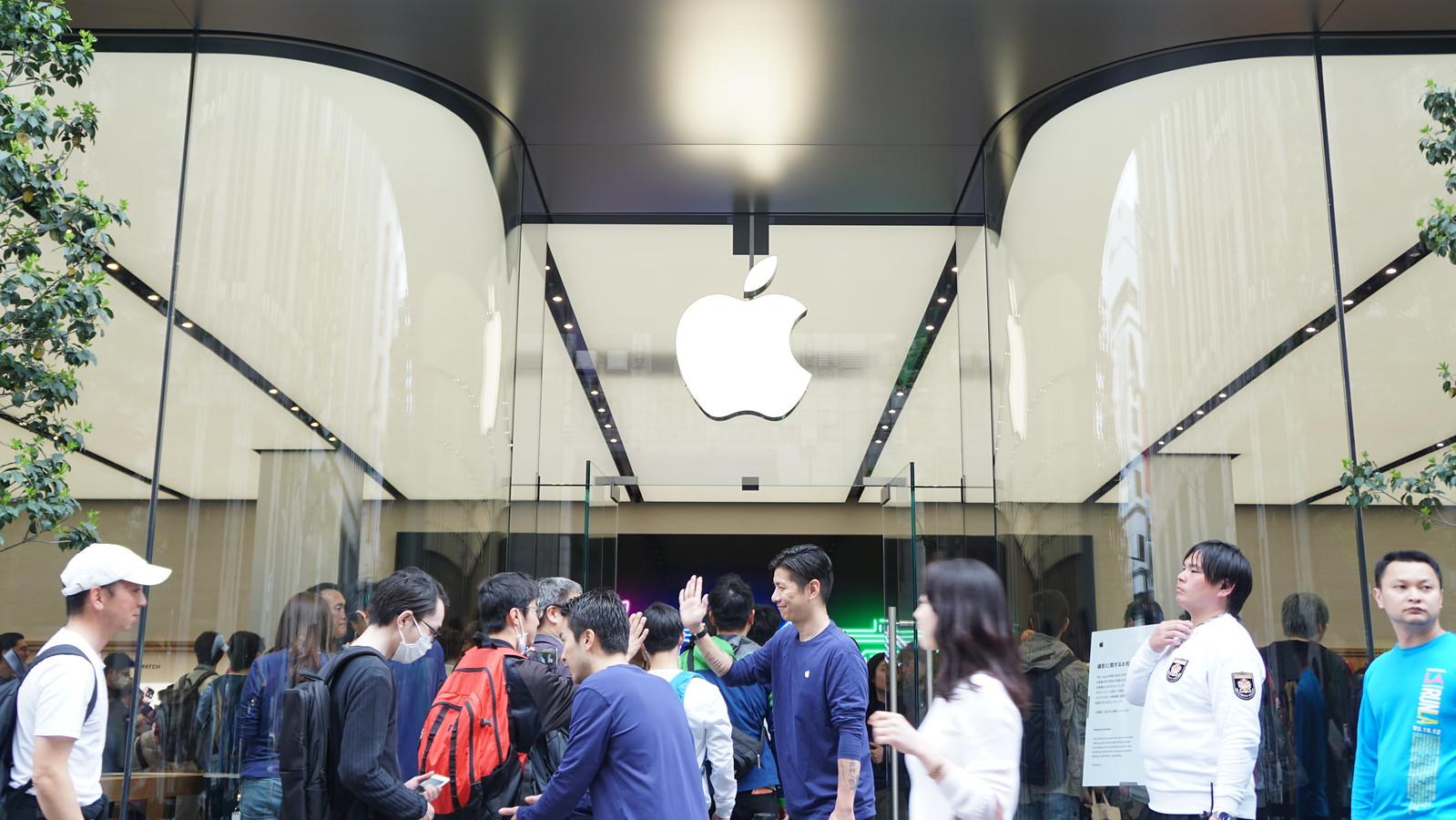 新宿マルイ本館1階にオープンした「Apple新宿」