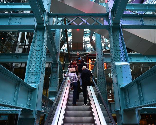 Interior de la Guinness Store House, la fábrica Guinness de Dublín