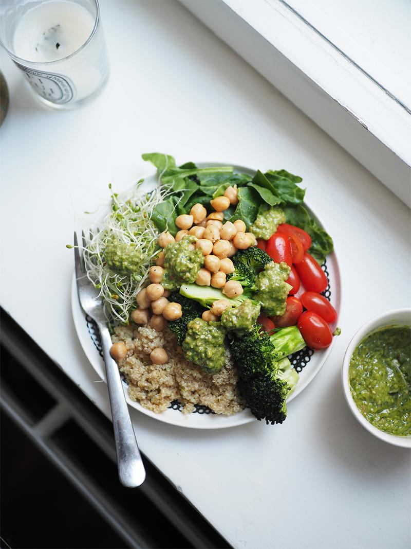 herkullinen salaattikastike