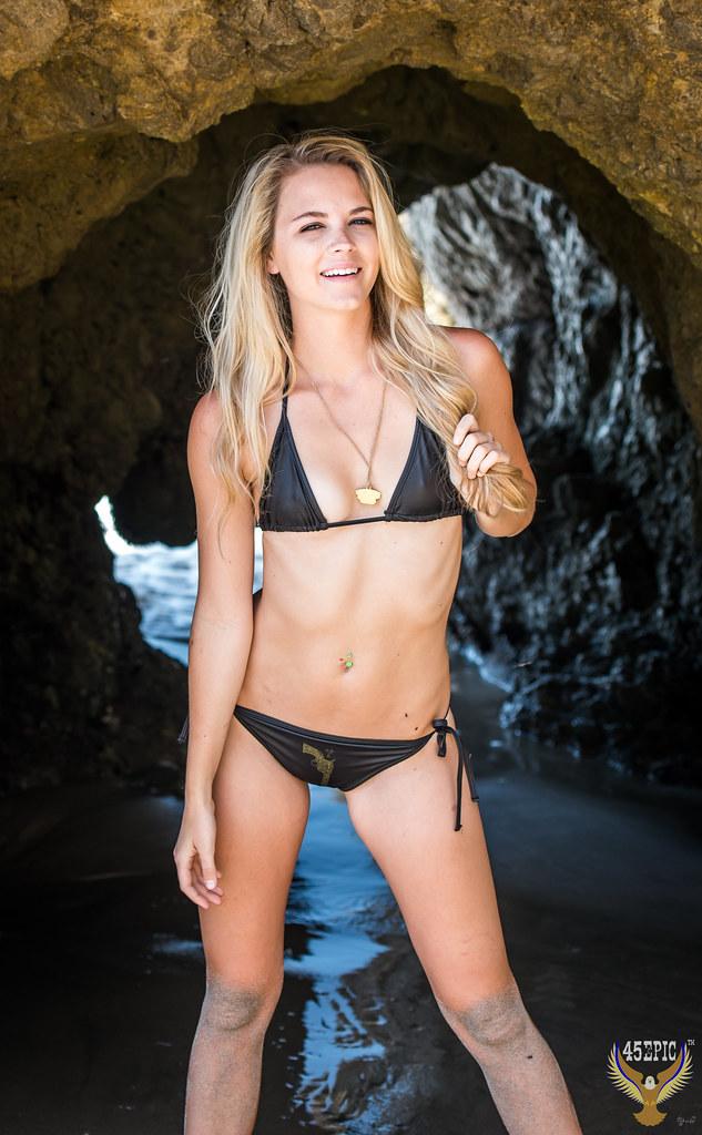 Big tit blonde cam girl