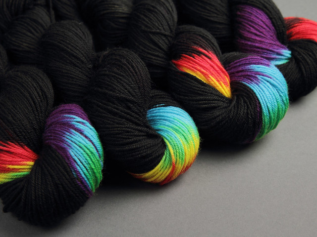 Dynamite DK hand-dyed superwash British BFL wool yarn 100g – 'ZX'