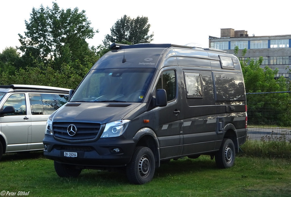 mercedes benz sprinter 4x4 camper r ga p. Black Bedroom Furniture Sets. Home Design Ideas