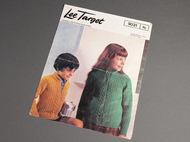 Lee Target 9031 Children's Zip-Up Cabled Cardigan 70s Vintage Knitting Pattern Leaflet