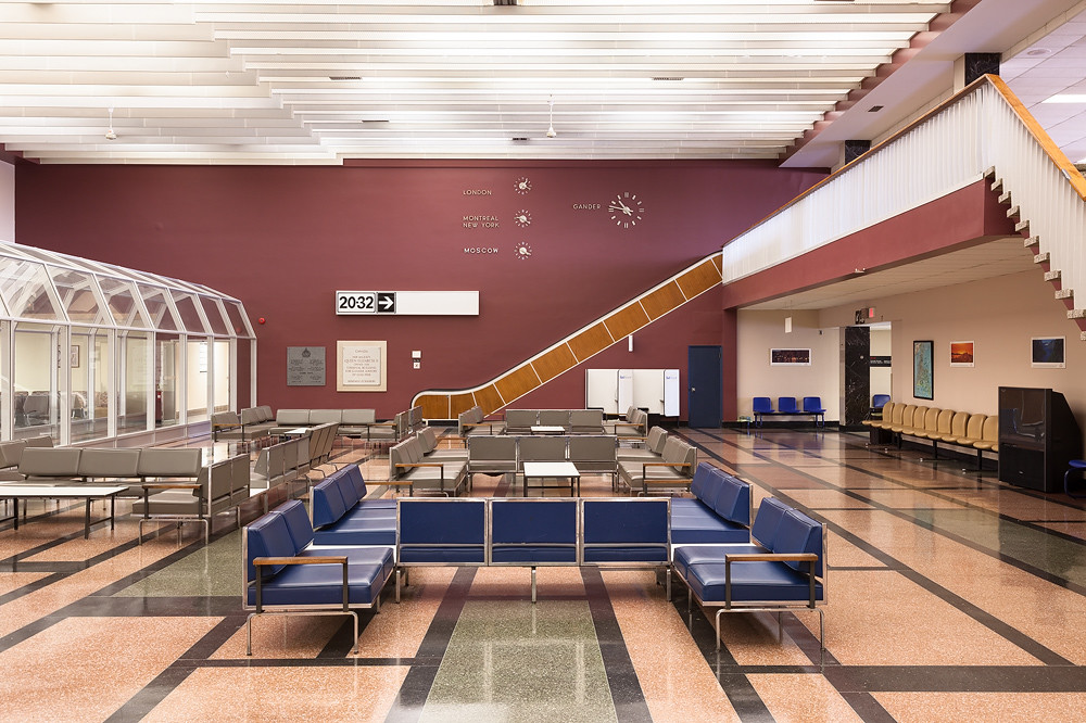 International Lounge Gander Airport S International