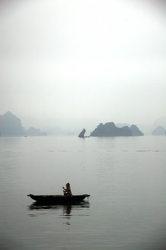 Local fisherman in Halong Bay | by j0rune