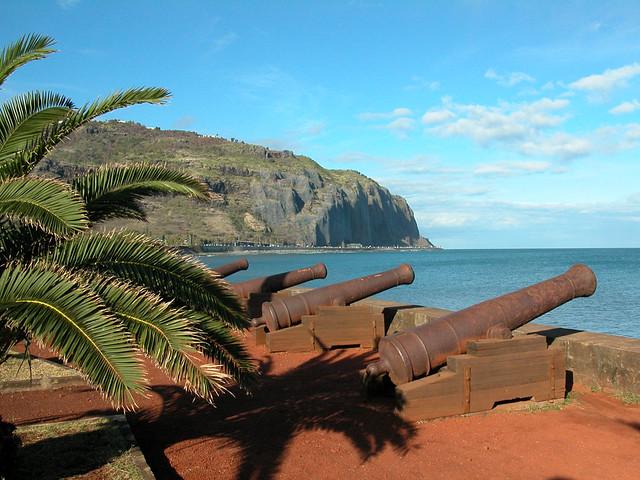 Le front de mer saint denis ile de la r union le barac flickr - Piscine pierre de coubertin saint denis ...