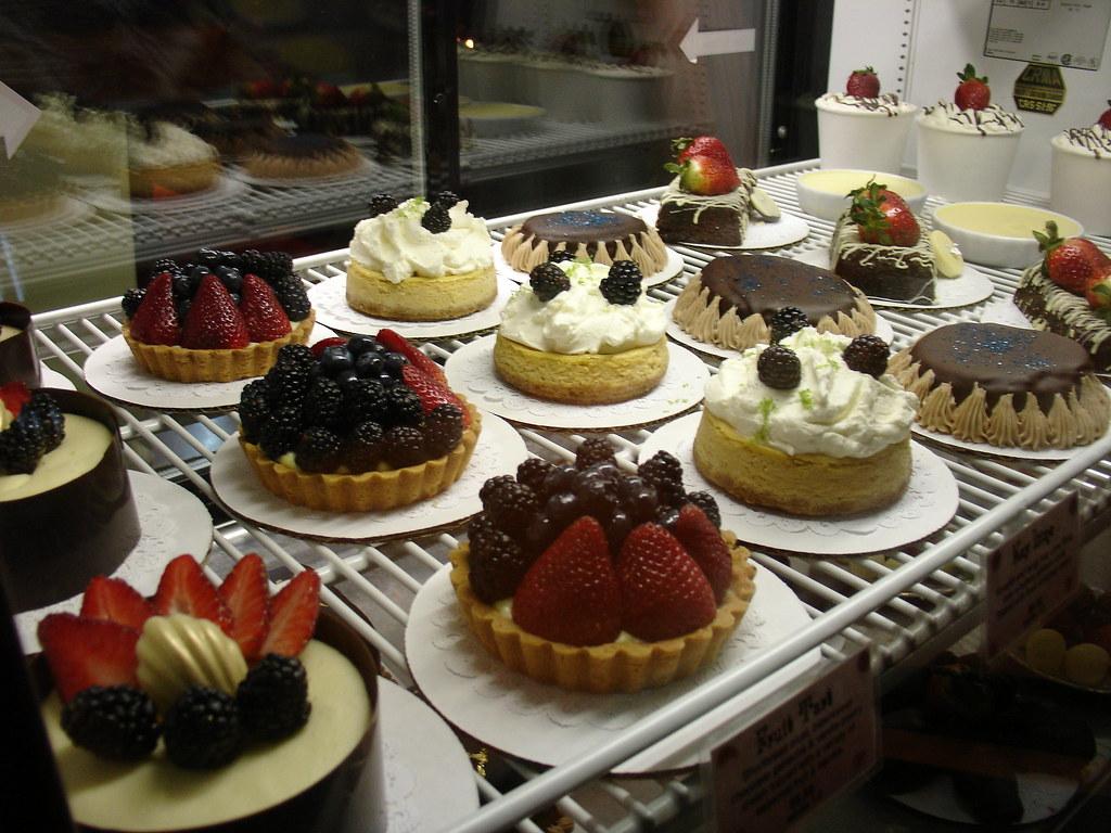 Bakery Creme Cake